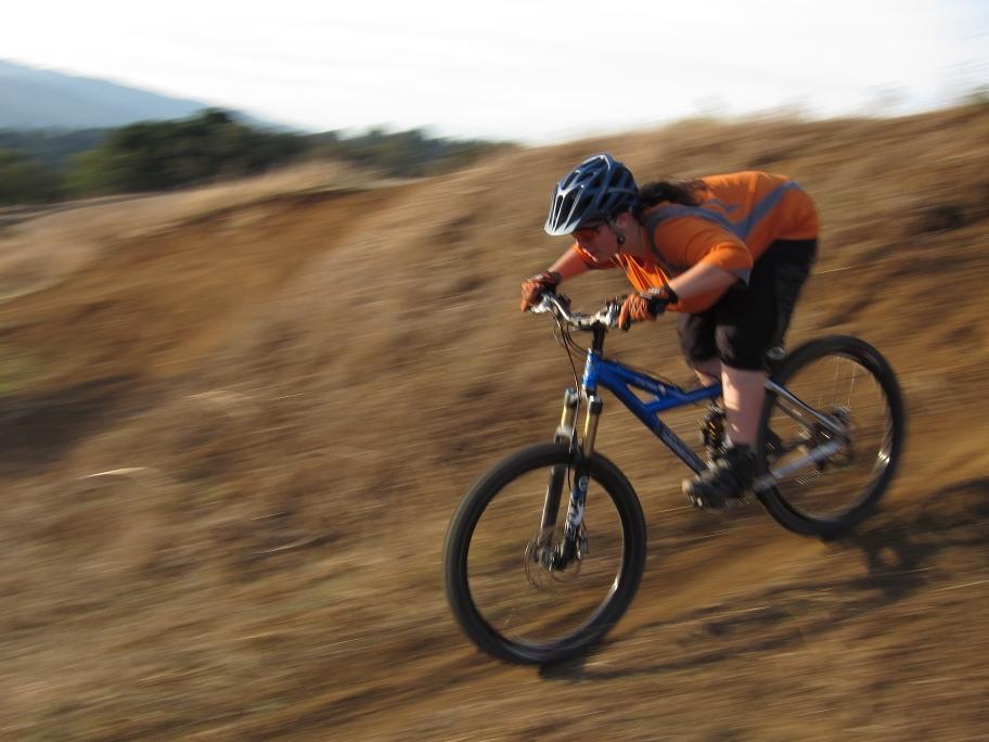 http://www.leelikesbikes.com/wp-content/112310stripesattack.jpg