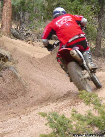 Rampart Range moto session – Lee Likes Bikes